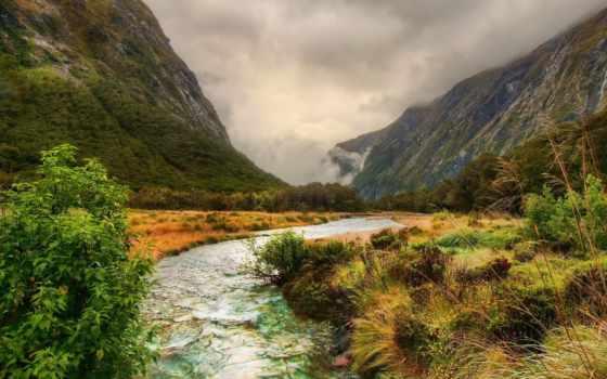 речка, горы