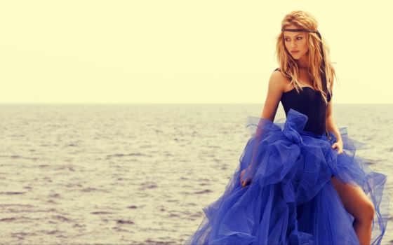 море, shakira, devushki, singer, красивая, blonde, women, платье, девушка, blue,