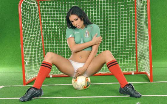 футболистки, девушки