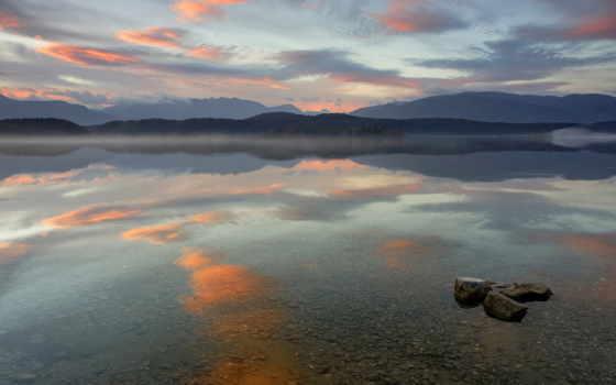 озеро, bottom, горы, oblaka, камни, дек, игры, прозрачность, лодка, машины,