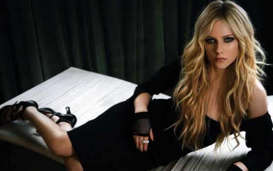 avril, платье, lavigne, чёрное, волосы, blonde, длинные, под, нас, ведьмы, лавин,