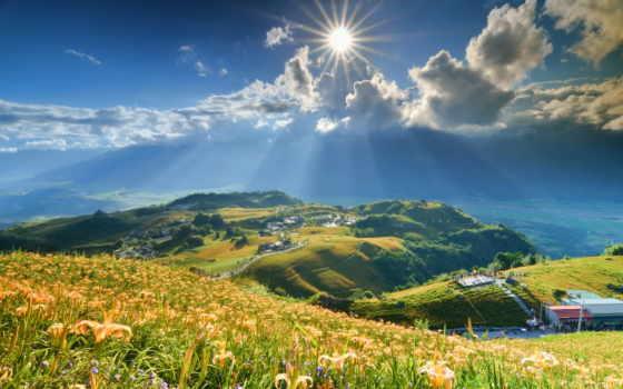 горы, sun, cvety, склон, лилии, oblaka, rays,
