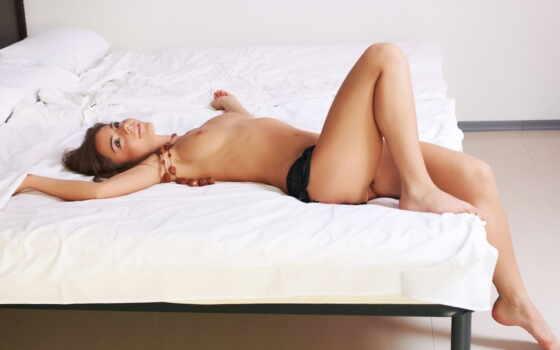ножки, девушка, кровати