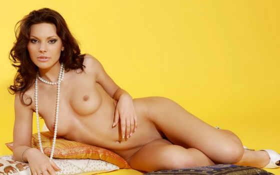 , бусы, женщина, голая, грудь, красивая грудь,