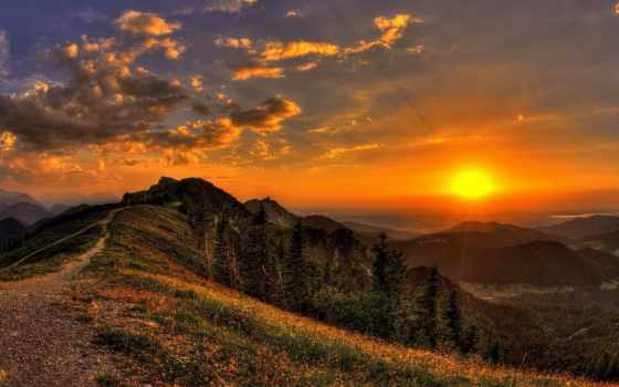 горы, природа, закат, sun, цветы, rays, след, взгляд, oblaka, небо,