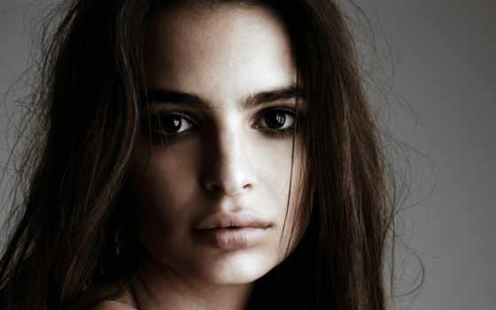 emily, ratajkowski, urodziła, londynie, pochodzenia, jest, modelką, amerykańską, polskiego,