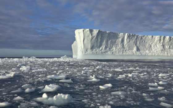 айсберг, море