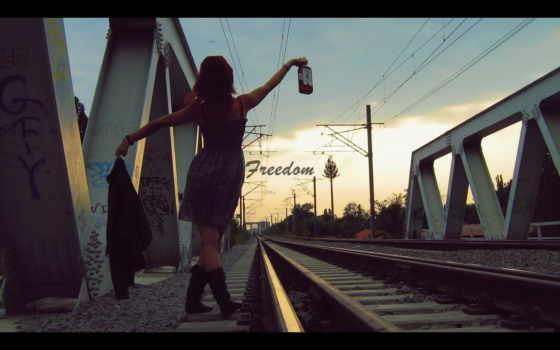 алкоголь, девушка, дорога, freedom, бутылка, девушки,