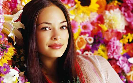 Картинки по запросу фото  девушка в цветах