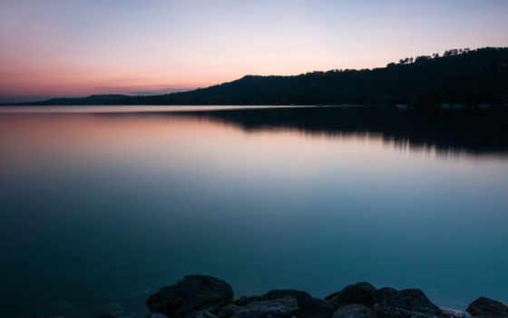 озеро, закат, камни, берег, trees, water, вечер, экрана, небо, oblaka,