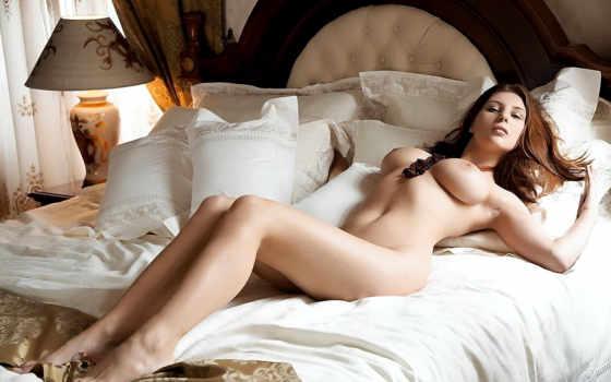 devushki, красавица, голая, большая грудь, секси, ножки,