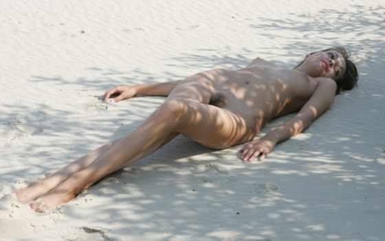песок, эротика, девушка