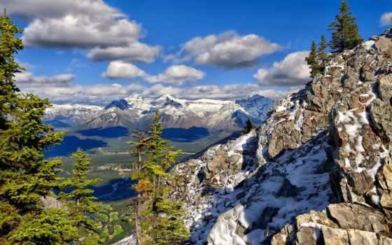 горы, снег, trees, камни, ёль, хвойные, height, oblaka, небо, взгляд, солнечно,