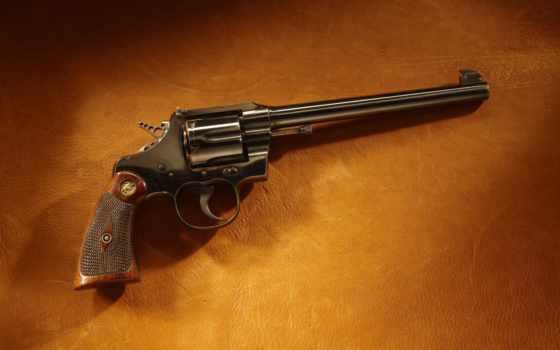 револьвер, кольт
