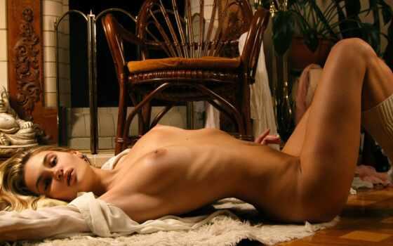 девушка, голая, раскошная, грудь, камин