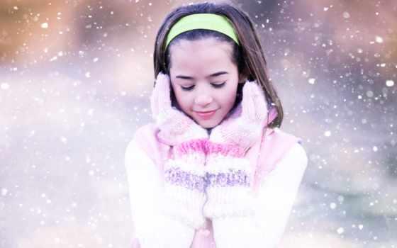 девочка, подросток, снег, варежки, обруч, улыбка