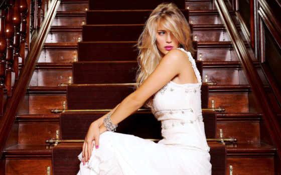 модель, blondinka, luisana