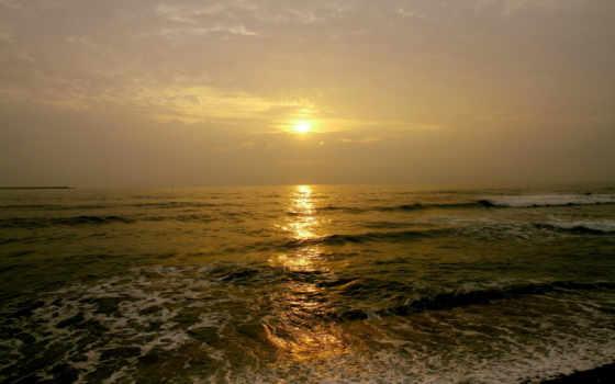 пляж, море, oblaka, waves, тучи, просвет, sun,