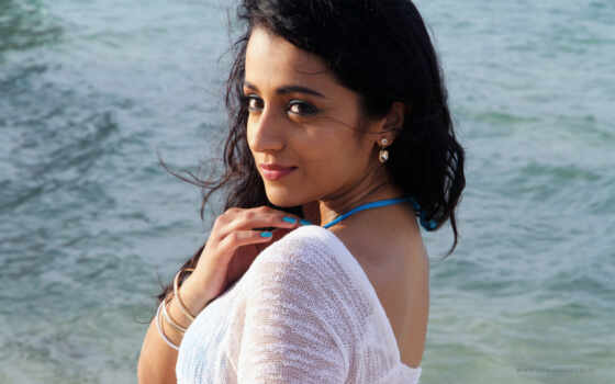 aranmanai, trisha, hot, movie, stills, photos, бикини, poraada, siddharth, песнь,