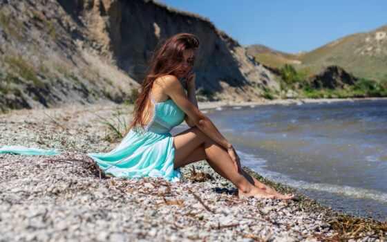 женщина, модель, brunette, outdoors, волосы, long, пляж, платье, sit, красивый, barefoot