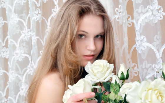 роз, букет, девушка, держит, руках, розы, белых, светловолосая, разных,
