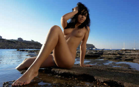 devushki, свой, water, эротические, девушка, erotica, обнаженная, ножки, girls, пляж,