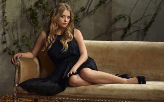 девушка, сидит, взгляд, платье, чёрное, blonde, ashley, диван, диване, benson,