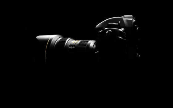 nikon in the dark