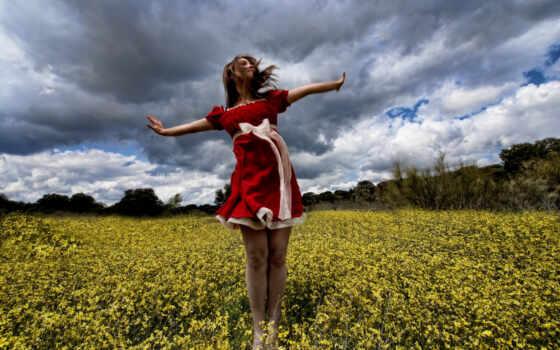 девушка, лето, поле, ветер, красное платье,