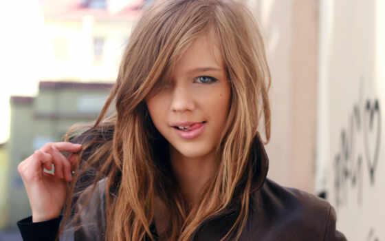 blonde, улыбка, teenager, девушка, сероглазая, язык, игривая,
