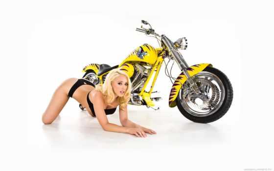 желтый мотоцикл, девушка