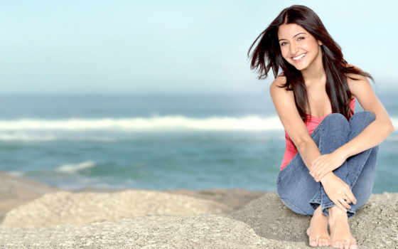 anushka, sharma, feet