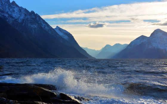 небо, море, landscape, waves, oblaka, photos, брызги, горы,