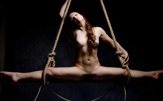 обнаженная девушка, веревки
