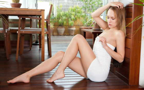 ,, нога, заседание, красота, человеческая нога, бедро, длинные волосы, белокурый, человеческое тело, модель, каштановые волосы