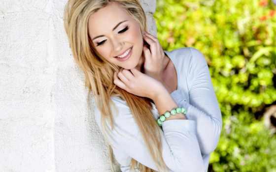 девушка, blonde, sophia, браслет, рыцарь, лицо, улыбка, рубашка,