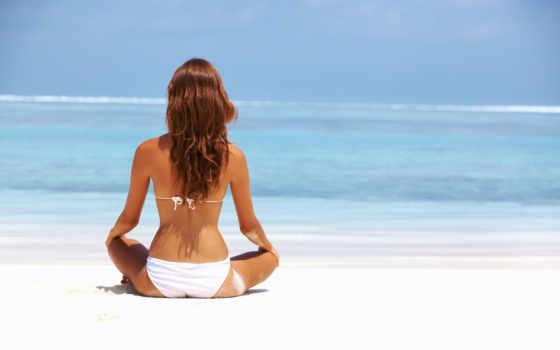 девушка, море, пляж, песок, смотрит, пляже, голубое, рай, сидит, шляпе, ковбойской,