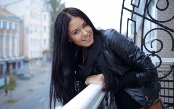 macy, девушка, взгляд, улыбка, балкон, devushki,