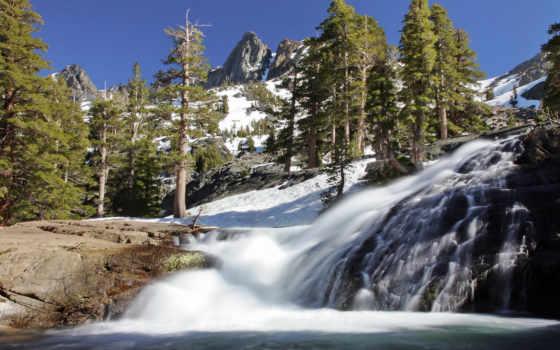 ,водопад, горы, деревья, ели,снег,