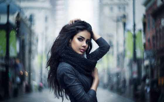 девушка, brunette, город, улица, снег, взгляд, шарф, дождь, cvety, панорама,