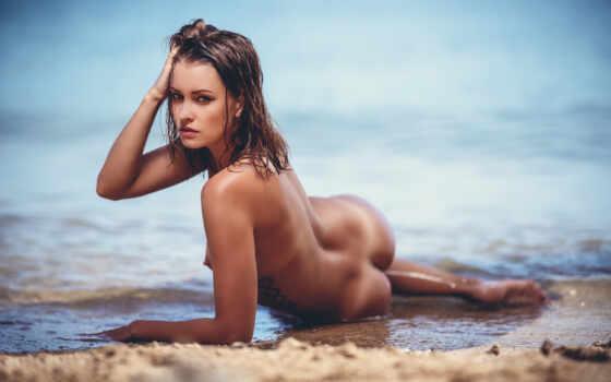 девушка, пляж, голая, секси, попка, загар