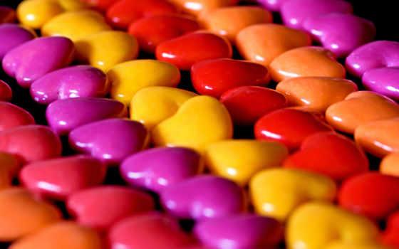 конфеты, драже, сердечки
