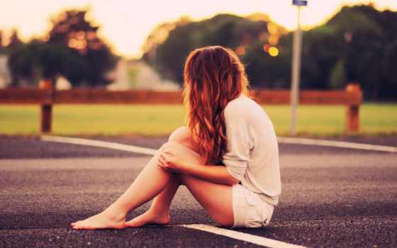 you, девушка, girls, девушек, грустный, друзья, аву, асфальте, босоногая,