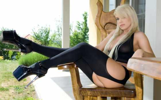 чулки,черные чулки, блондинка,девушка,каблуки,