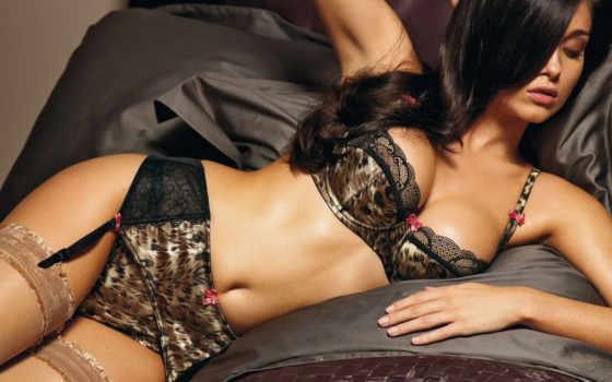 белье, брюнетка, девушка, постель, чулки, леопардовое, картинку, кнопкой, девушки, правой, escort,