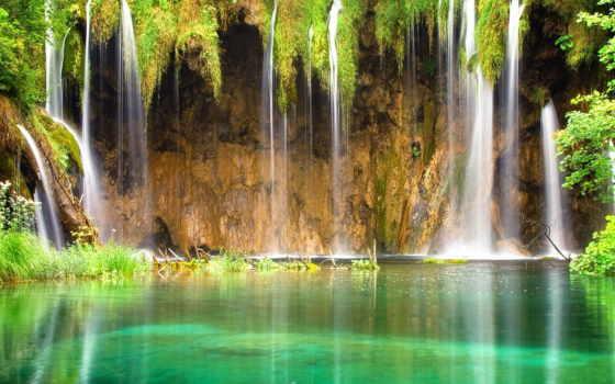 water, течет, река
