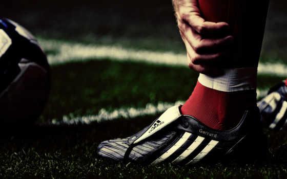 adidas, стивен, джеррард, спорт, ливерпуль, футбольные, макро, футболисты, трава, steven, gerrard, soccer, sports, мячи,