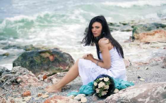 девушка, море, моря, платье, цветов, букетом, devushki, грустные, remix, берег,