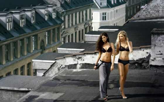 девушка, крыша, женщина, два, белье, house, girlfriend, lower, стоимость, красивый, urban