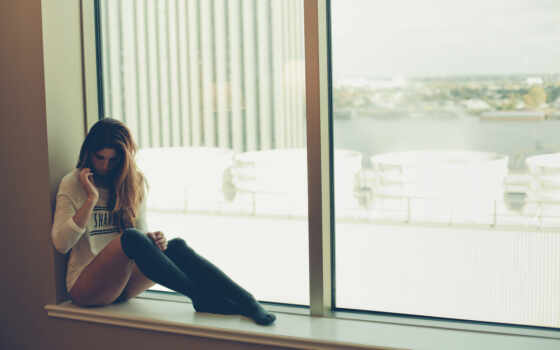 девушка, sit, окно, windowsill, think, столик, brunette, aramesham, музыка, плейлист, который
